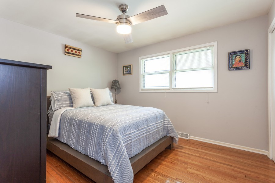 Real Estate Photography - 5501 Virginia Avenue, Clarendon Hills, IL, 60514 - 2nd Bedroom