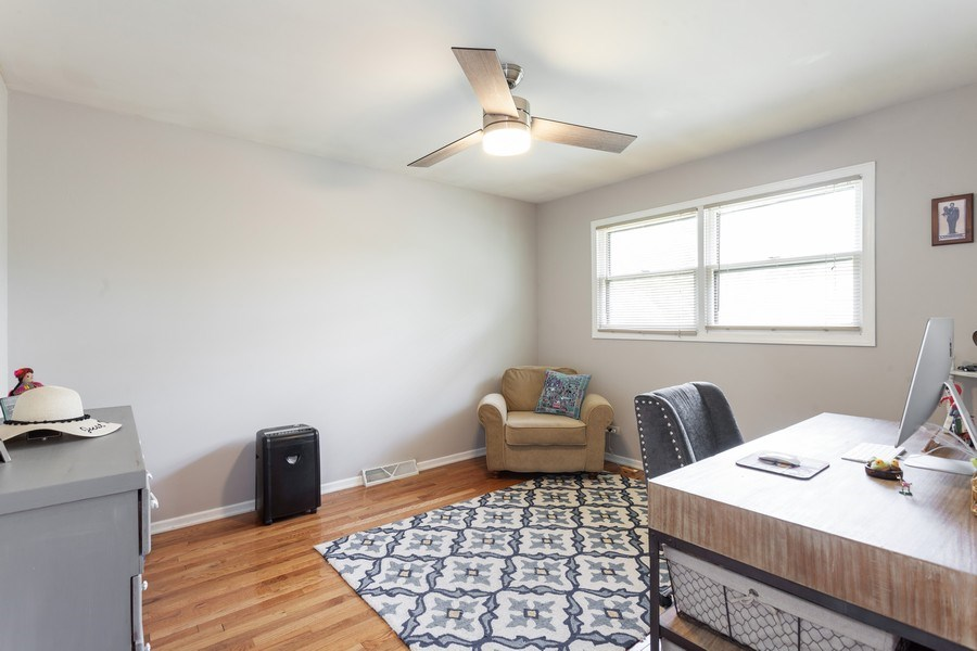 Real Estate Photography - 5501 Virginia Avenue, Clarendon Hills, IL, 60514 - 3rd Bedroom