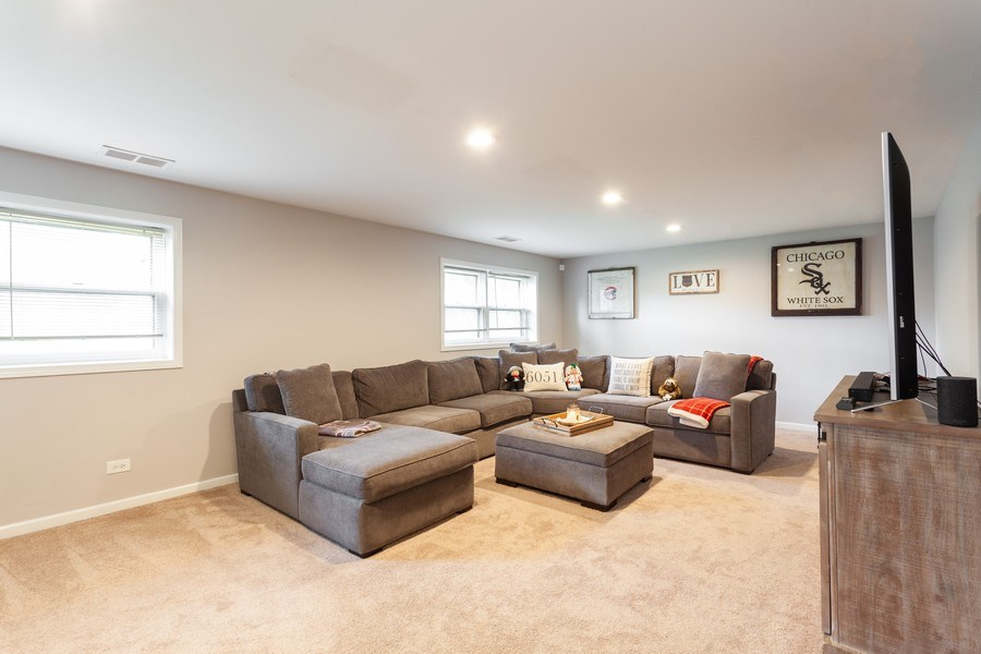 Real Estate Photography - 5501 Virginia Avenue, Clarendon Hills, IL, 60514 - Family Room