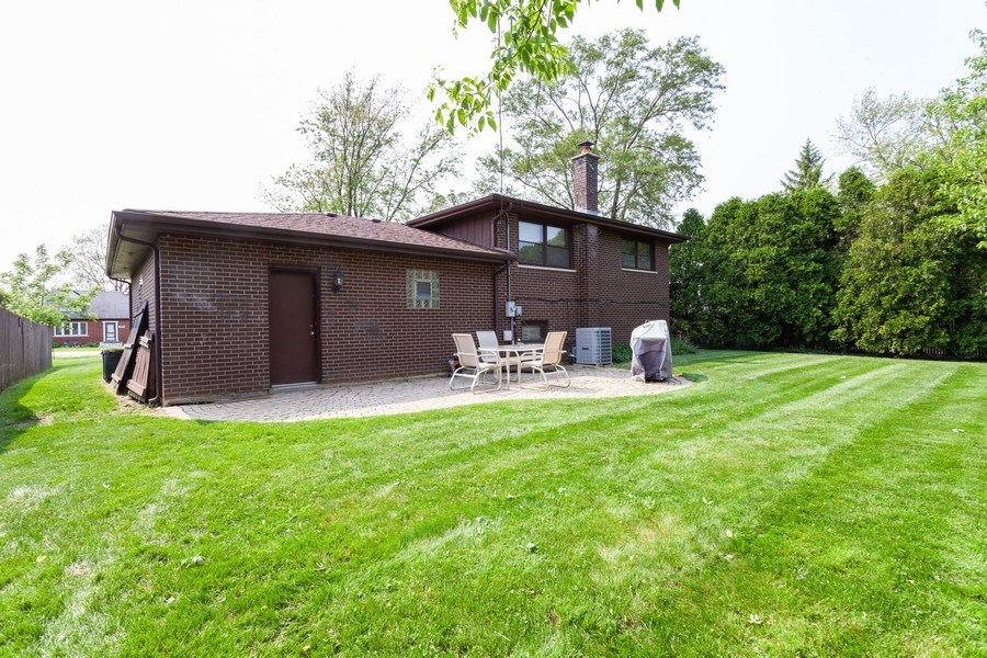 Real Estate Photography - 5501 Virginia Avenue, Clarendon Hills, IL, 60514 - Rear View