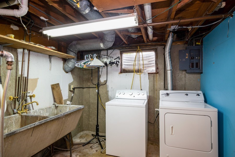 Real Estate Photography - 557 Dulles Road, Des Plaines, IL, 60016 - Laundry Room
