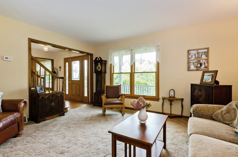 Real Estate Photography - 1410 Spring Hill Drive, Algonquin, IL, 60102 - Living Room