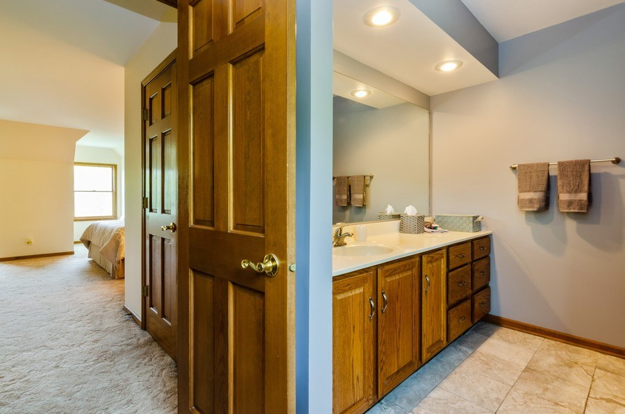 Real Estate Photography - 1410 Spring Hill Drive, Algonquin, IL, 60102 - Master Bathroom