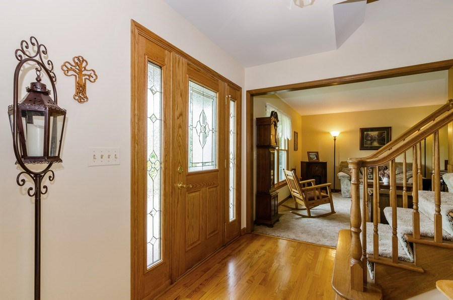 Real Estate Photography - 1410 Spring Hill Drive, Algonquin, IL, 60102 - Foyer