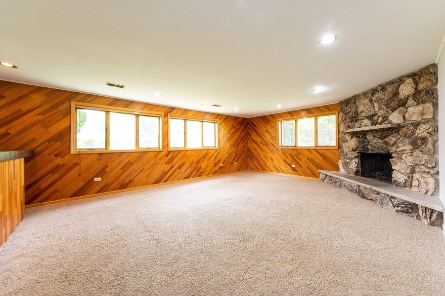 Real Estate Photography - 3018 N. Stratford Road, Arlington Heights, IL, 60004 - Family Room