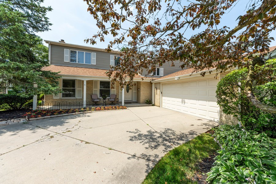 Real Estate Photography - 3018 N. Stratford Road, Arlington Heights, IL, 60004 - Front View