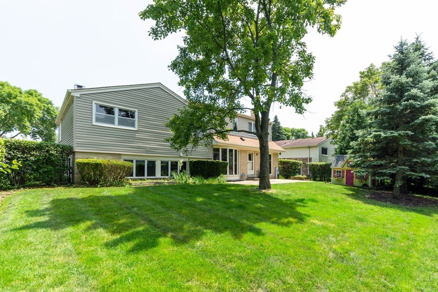 Real Estate Photography - 3018 N. Stratford Road, Arlington Heights, IL, 60004 - Rear View