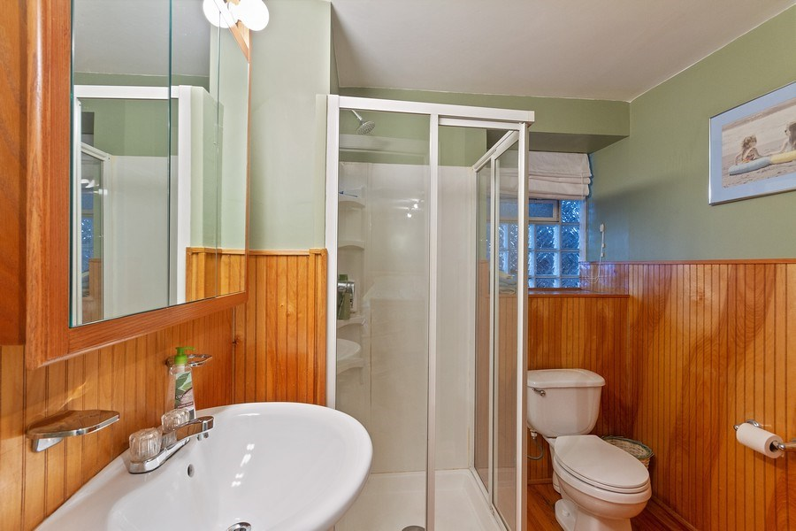 Real Estate Photography - 5643 N. Kenmore Avenue, Unit G, Chicago, IL, 60660 - Master Bathroom