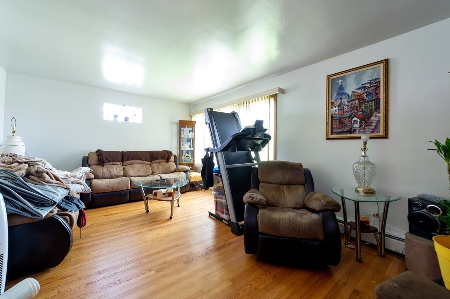 Real Estate Photography - 5908 Butterfield Rd, Berkeley, IL, 60163 - Living Room
