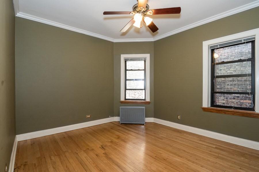 Real Estate Photography - 504 S. Austin Boulevard, Unit 2, Oak Park, IL, 60304 - 2nd Bedroom
