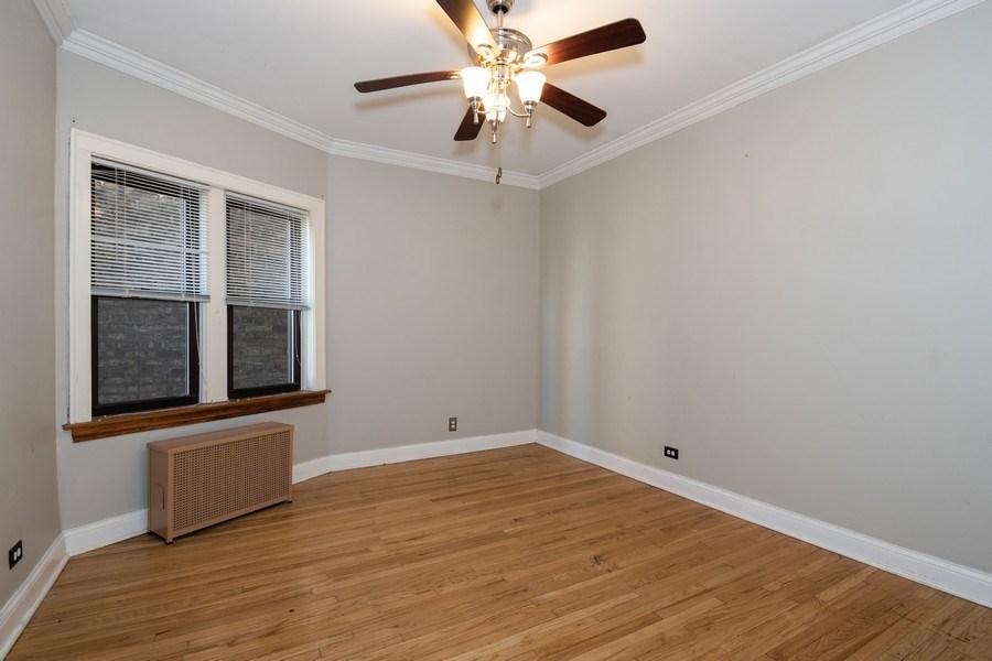 Real Estate Photography - 504 S. Austin Boulevard, Unit 2, Oak Park, IL, 60304 - Bedroom