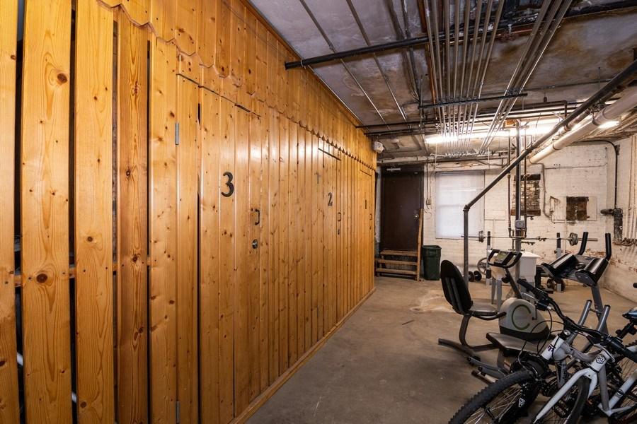 Real Estate Photography - 504 S. Austin Boulevard, Unit 2, Oak Park, IL, 60304 - Closet