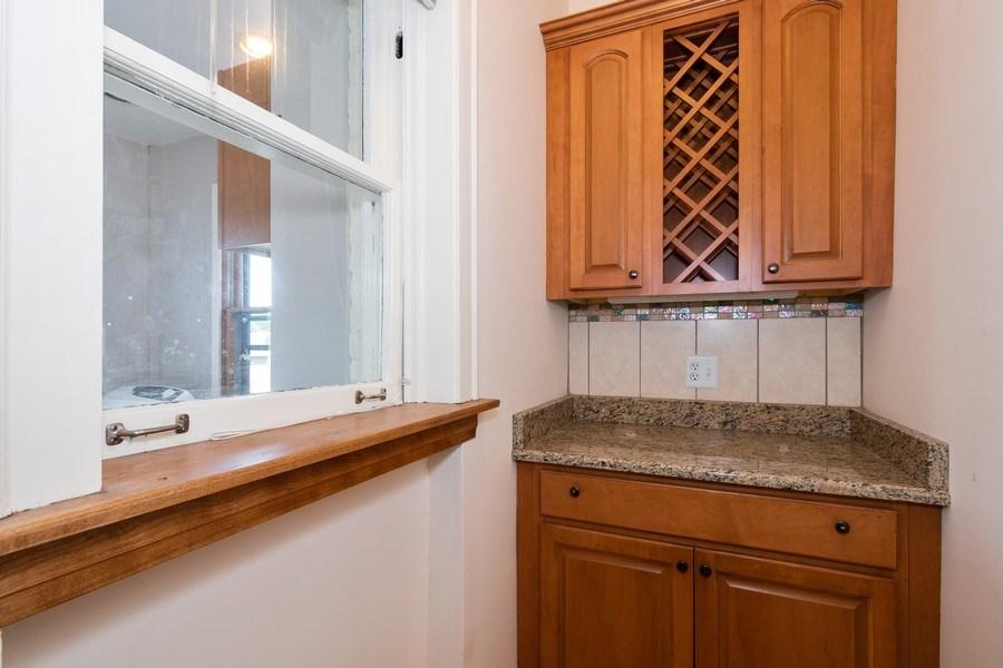 Real Estate Photography - 504 S. Austin Boulevard, Unit 2, Oak Park, IL, 60304 - Pantry
