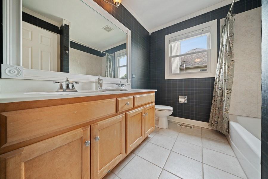 Real Estate Photography - 12758 Barrow Lane, Plainfield, IL, 60585 - Upstairs Full Bathroom