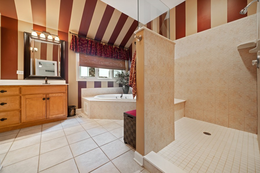 Real Estate Photography - 12758 Barrow Lane, Plainfield, IL, 60585 - Master Bathroom