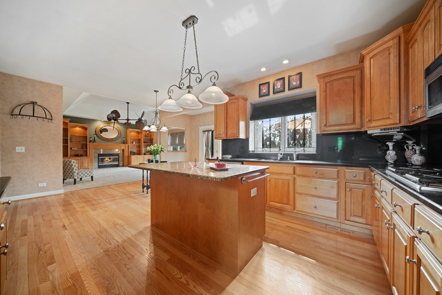 Real Estate Photography - 12758 Barrow Lane, Plainfield, IL, 60585 - Kitchen