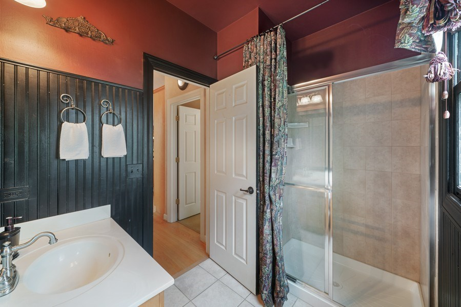 Real Estate Photography - 12758 Barrow Lane, Plainfield, IL, 60585 - Main Level Full Bathroom