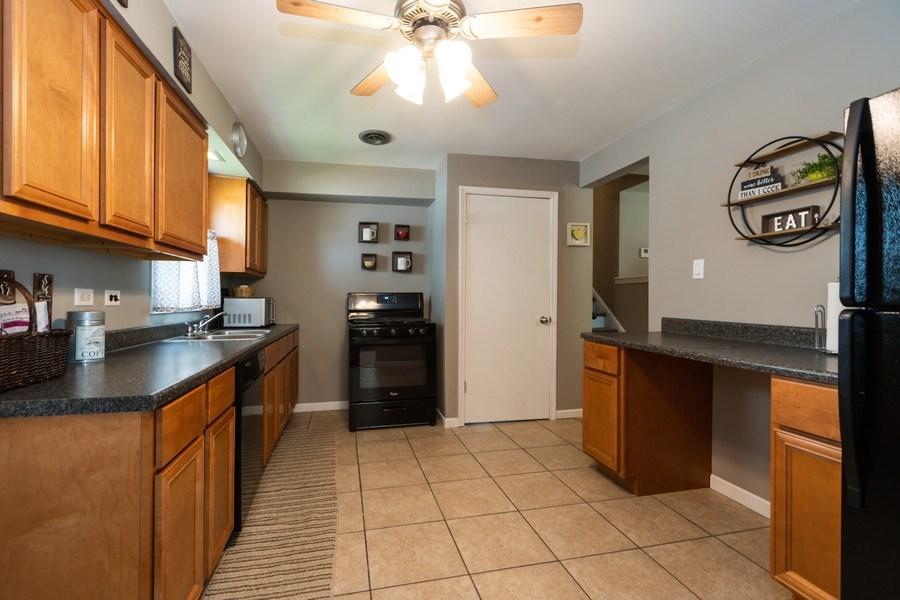 Real Estate Photography - 12157 S. Lawndale Avenue, Alsip, IL, 60803 - Kitchen
