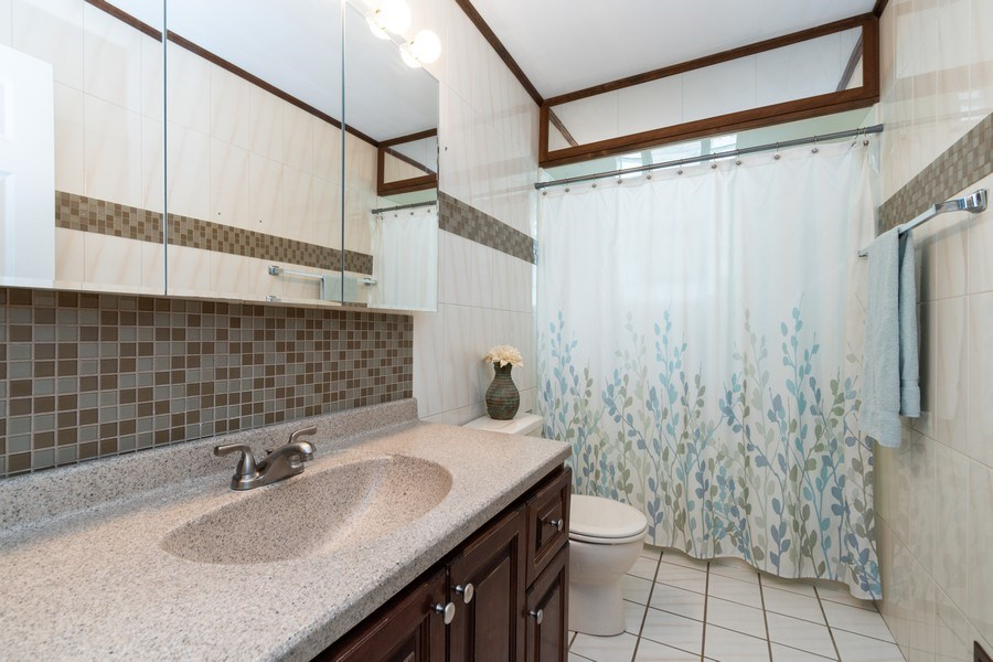 Real Estate Photography - 12157 S. Lawndale Avenue, Alsip, IL, 60803 - Bathroom