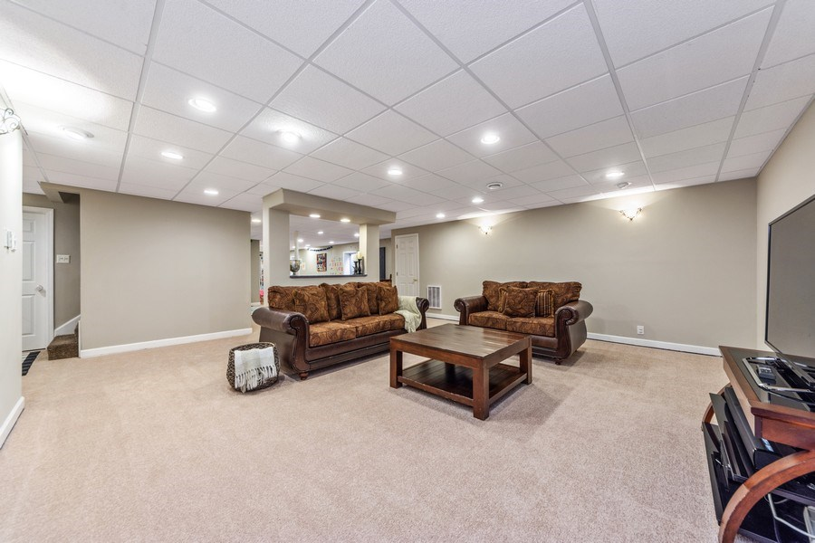 Real Estate Photography - 404 Kerry Court, Prospect Heights, IL, 60070 - Recreation Room