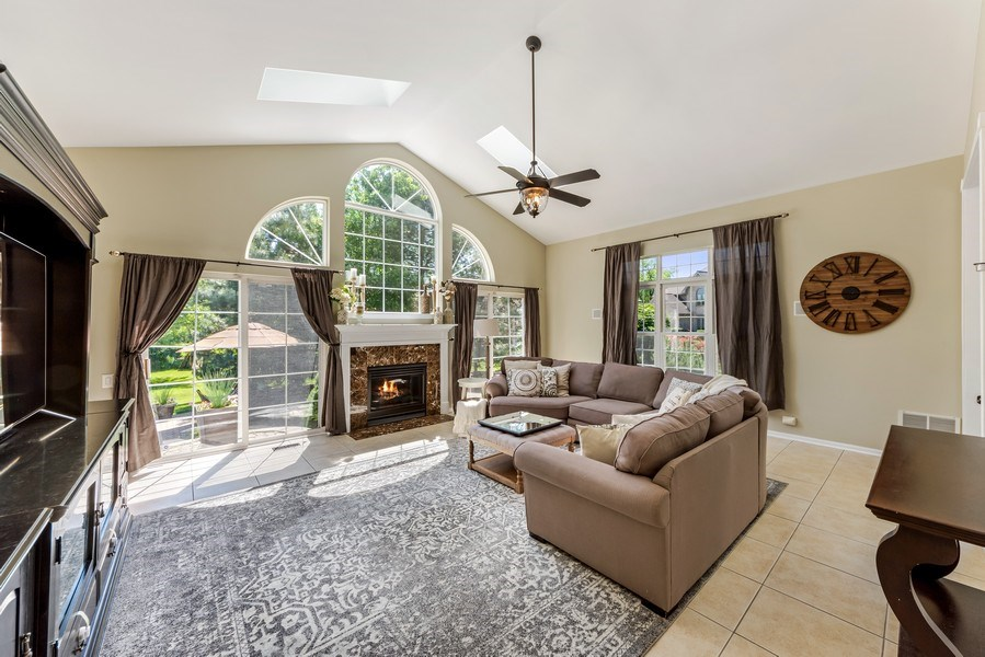 Real Estate Photography - 404 Kerry Court, Prospect Heights, IL, 60070 - Family Room
