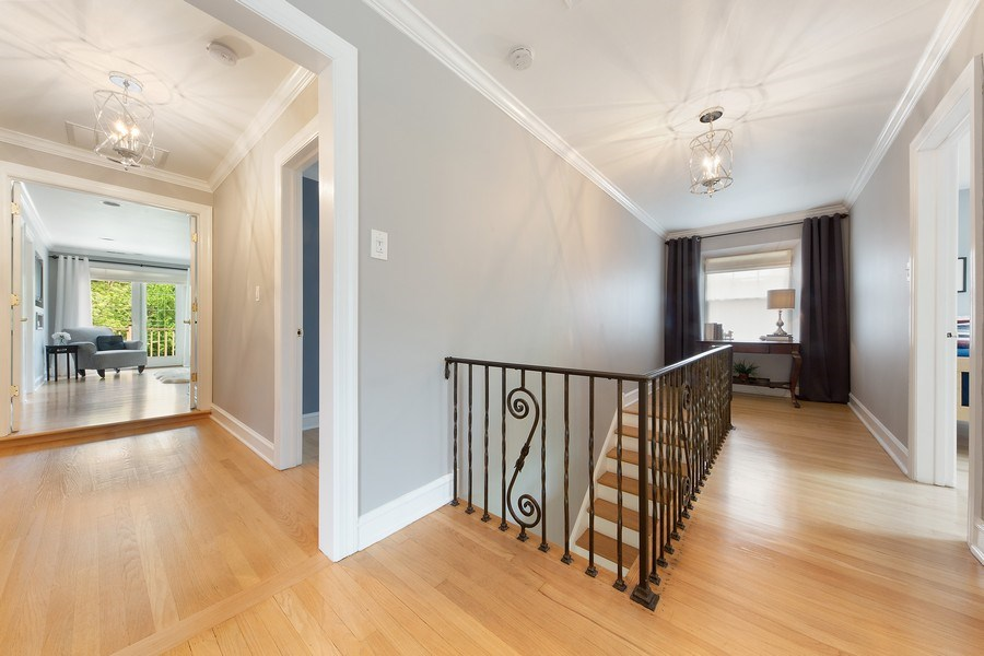 Real Estate Photography - 506 Uvedale Road, Riverside, IL, 60546 - Second Floor Landing