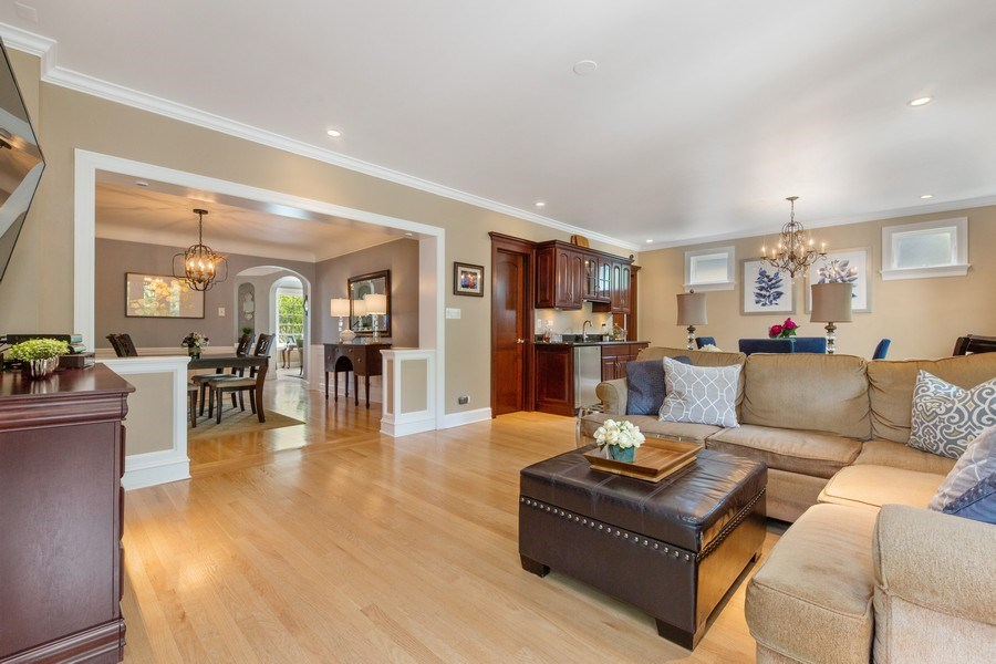 Real Estate Photography - 506 Uvedale Road, Riverside, IL, 60546 - Family Room