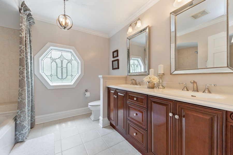 Real Estate Photography - 506 Uvedale Road, Riverside, IL, 60546 - Second Floor Bathroom