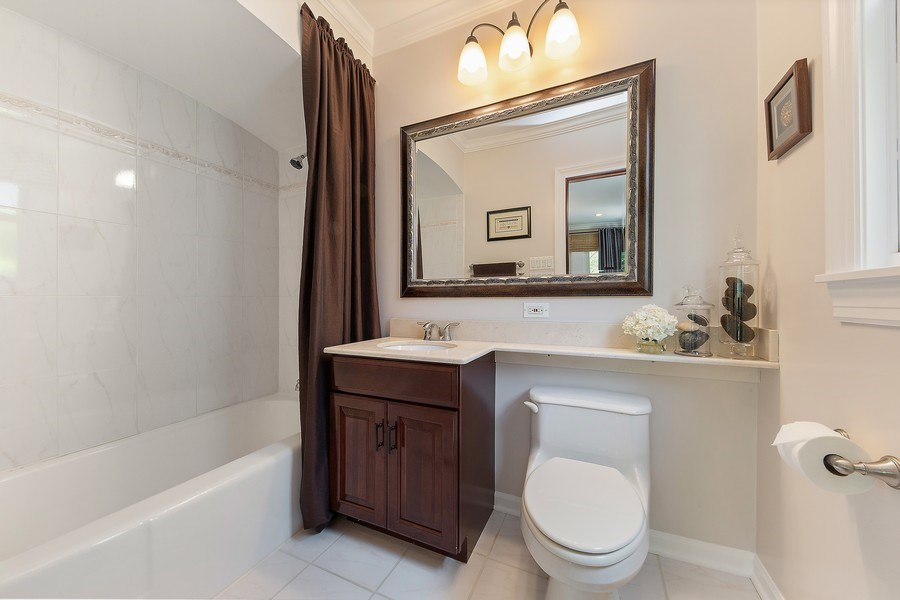 Real Estate Photography - 506 Uvedale Road, Riverside, IL, 60546 - First Floor Bathroom
