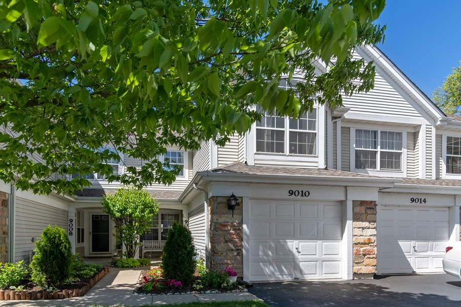 Real Estate Photography - 9010 W. Heathwood Circle, Niles, IL, 60714 - Front View
