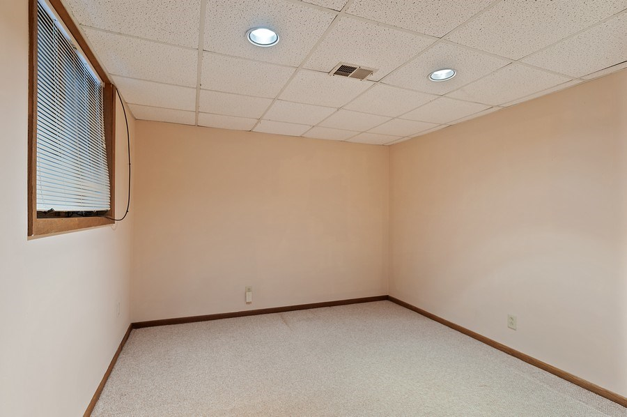 Real Estate Photography - 25990 W. Wilson Road, Antioch, IL, 60002 - Guest Bedroom