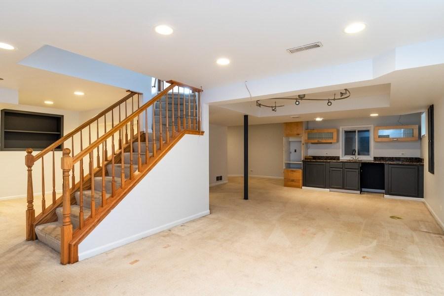 Real Estate Photography - 140 BRECKENRIDGE Drive, Aurora, IL, 60504 - Basement