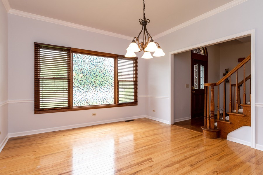 Real Estate Photography - 140 BRECKENRIDGE Drive, Aurora, IL, 60504 - Dining Room