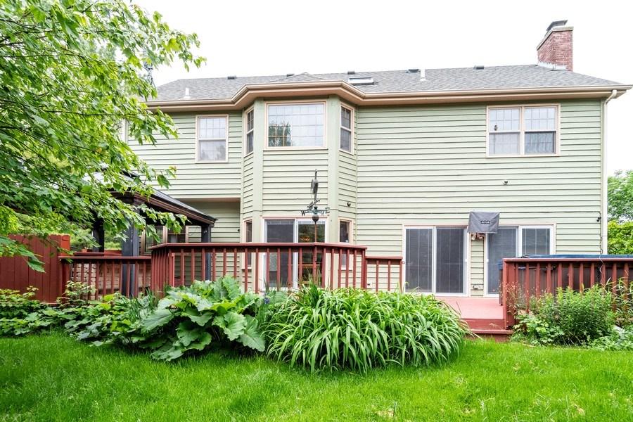 Real Estate Photography - 140 BRECKENRIDGE Drive, Aurora, IL, 60504 - Rear View