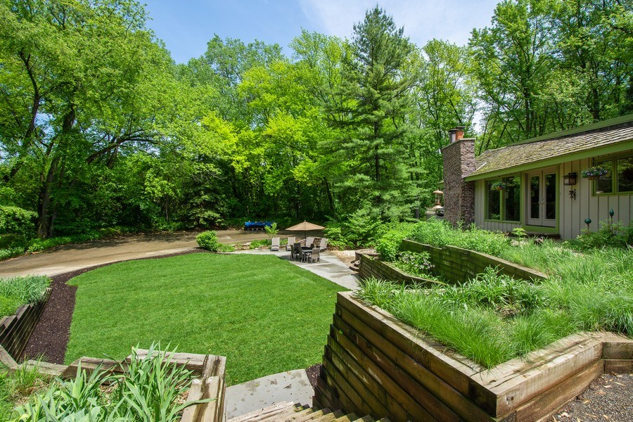 Real Estate Photography - 35560 N. Us Highway 12, Ingleside, IL, 60041 - Front Yard