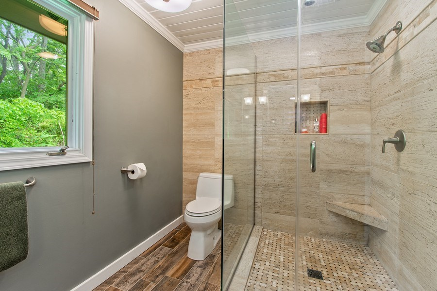 Real Estate Photography - 35560 N. Us Highway 12, Ingleside, IL, 60041 - Bathroom