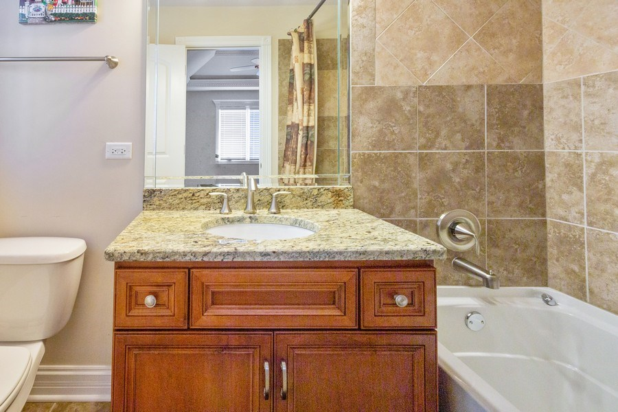 Real Estate Photography - 12900 Peppertree Drive, Plainfield, IL, 60585 - 4th bathroom