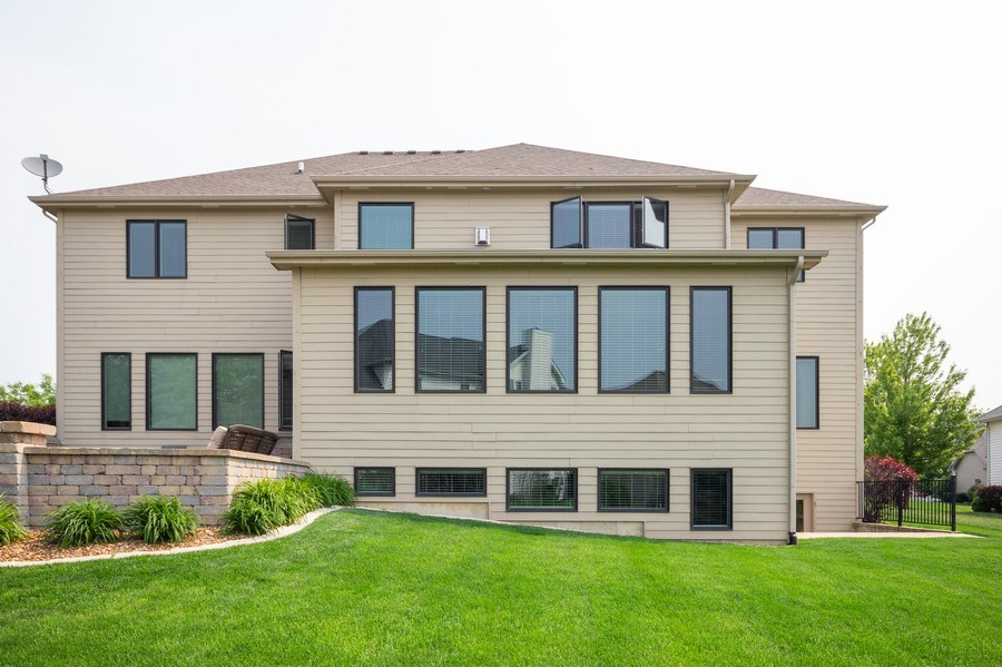 Real Estate Photography - 12900 Peppertree Drive, Plainfield, IL, 60585 - Rear View