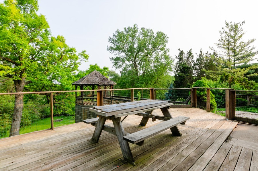 Real Estate Photography - 18N525 WOODCREST Lane, West Dundee, IL, 60118 - Deck