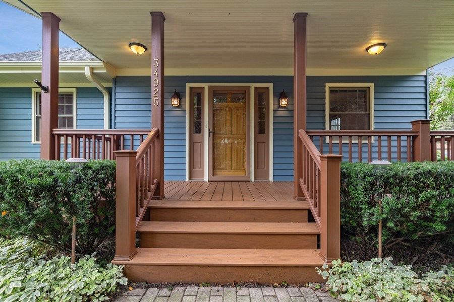 Real Estate Photography - 34925 North James Ave, Ingleside, IL, 60041 - Front Porch