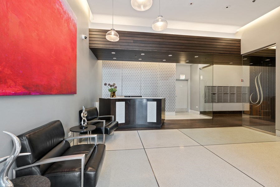 Real Estate Photography - 303 W. Ohio Street, Unit 3005, Chicago, IL, 60654 - Lobby