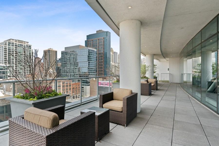 Real Estate Photography - 303 W. Ohio Street, Unit 3005, Chicago, IL, 60654 - Terrace