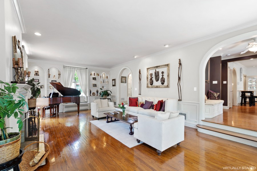 Real Estate Photography - 10615 S. Seeley Avenue, Chicago, IL, 60643 - Living Room