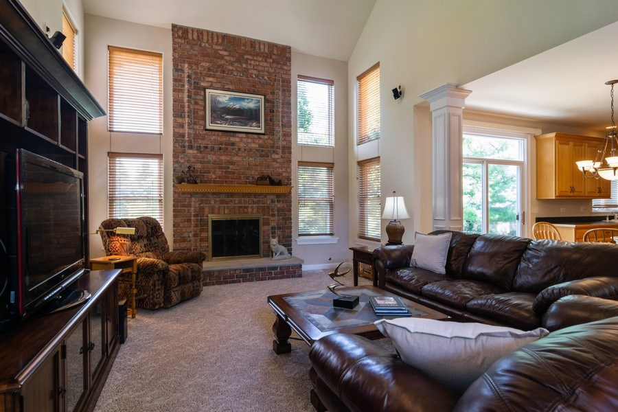Real Estate Photography - 39W085 DEAN Lane, St. Charles, IL, 60175 - Family Room