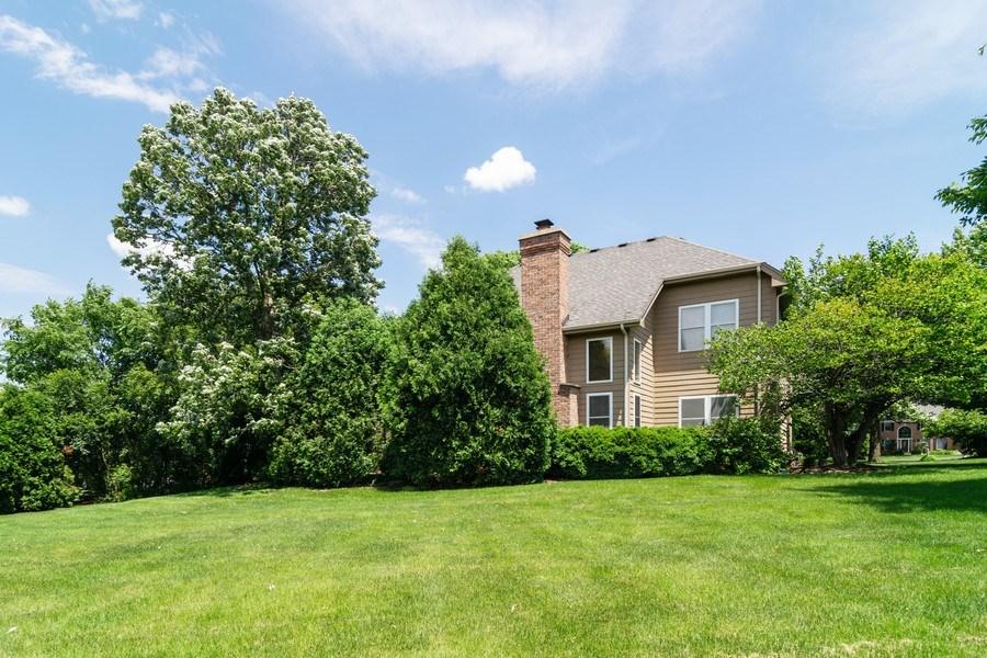 Real Estate Photography - 39W085 DEAN Lane, St. Charles, IL, 60175 - Rear View