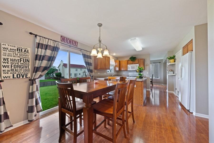 Real Estate Photography - 1457 CROWFOOT Lane, Minooka, IL, 60447 - Kitchen / Breakfast Room