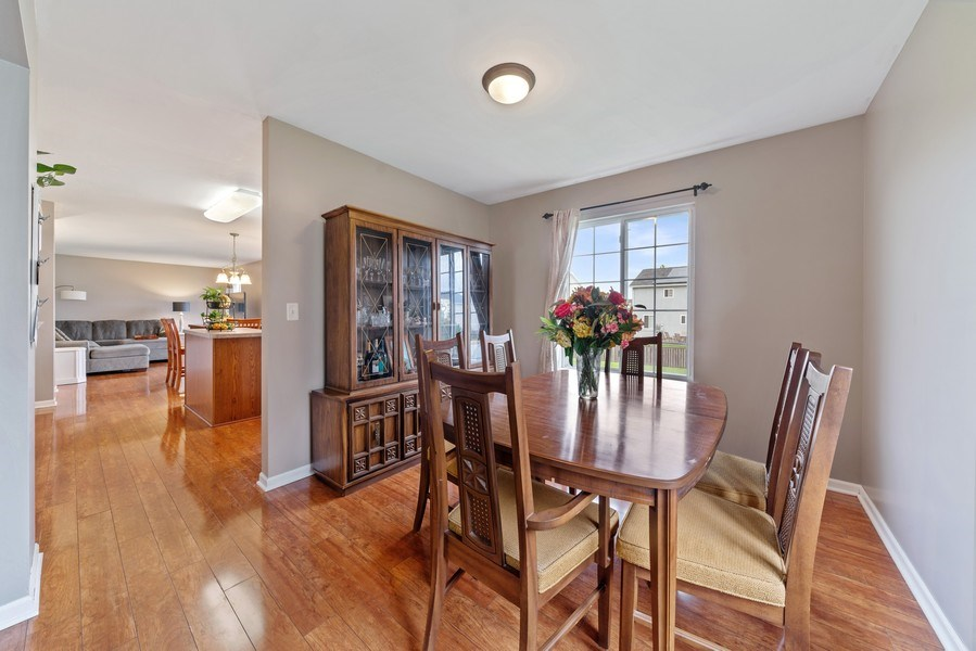 Real Estate Photography - 1457 CROWFOOT Lane, Minooka, IL, 60447 - Dining Room