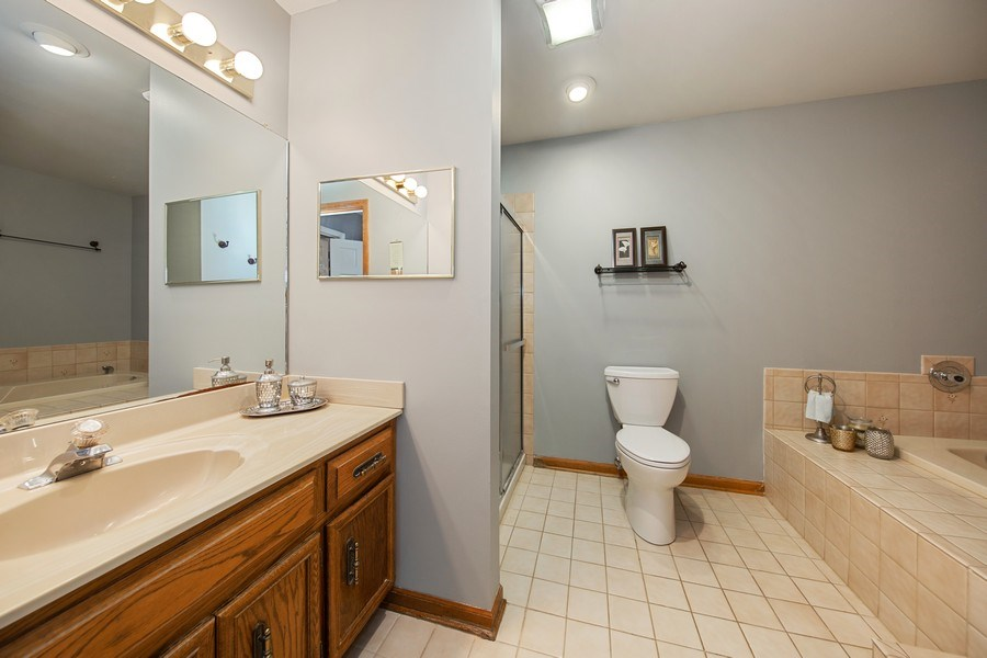 Real Estate Photography - 1517 Terrance Drive, Naperville, IL, 60565 - Master Bath