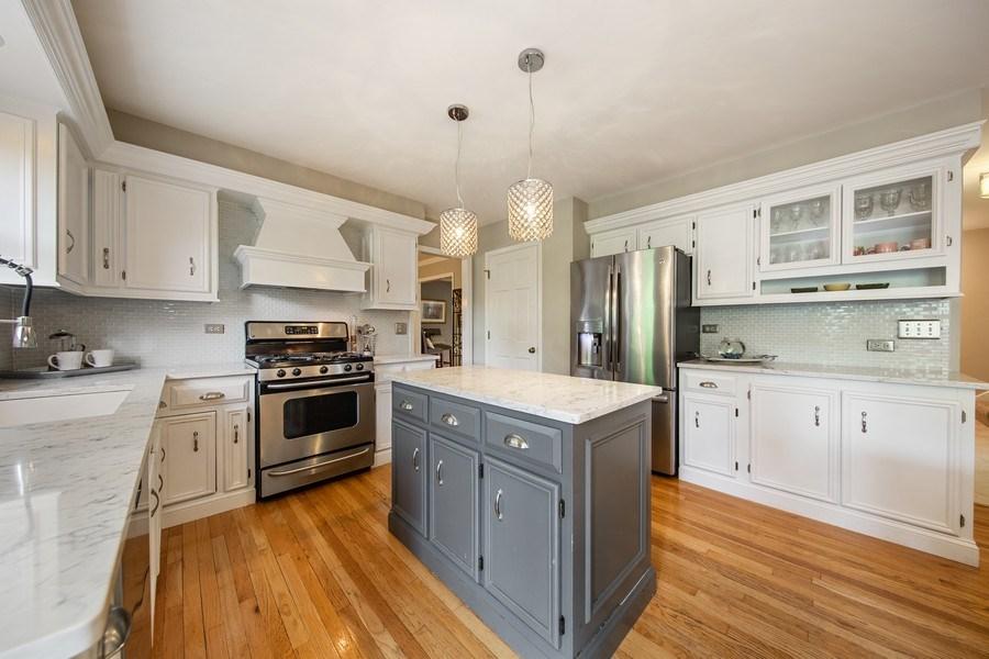 Real Estate Photography - 1517 Terrance Drive, Naperville, IL, 60565 - Kitchen