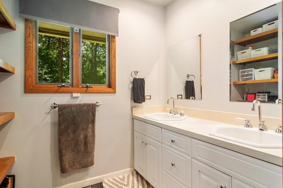 Real Estate Photography - 21116 N. Prestwick Drive, Barrington, IL, 60010 - Bathroom